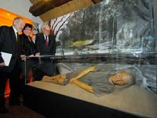 7500 jaar oud skelet Trijntje 20 jaar na vondst eindelijk te zien