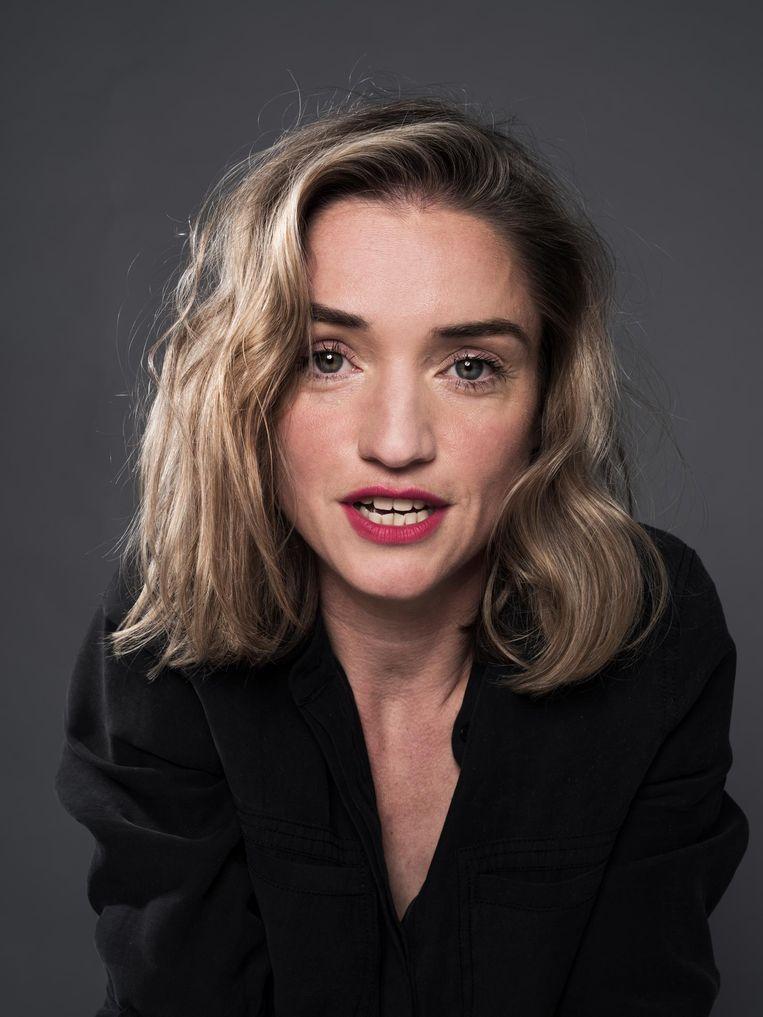 Laura van der Haar (1982) is archeoloog en dichter. Haar eerste bundel heet Bodemdrang (2014). Beeld Robin De Puy / de Volkskrant