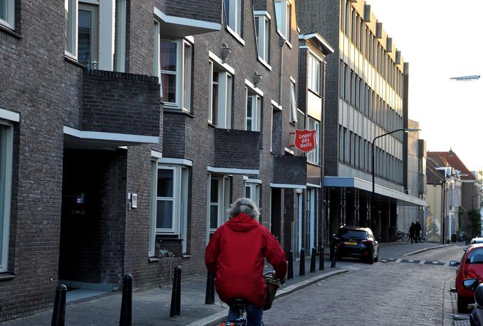 Het Leger des Heils aan het Kromhout in Dordrecht.