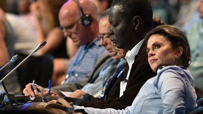 """""""Gevaarlijk zwak"""" akkoord bereikt op VN-klimaatconferentie"""