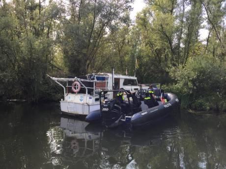 Dode man gevonden op boot in gebied De Dood in Biesbosch: 'Het lijkt niet om zelfdoding te gaan'