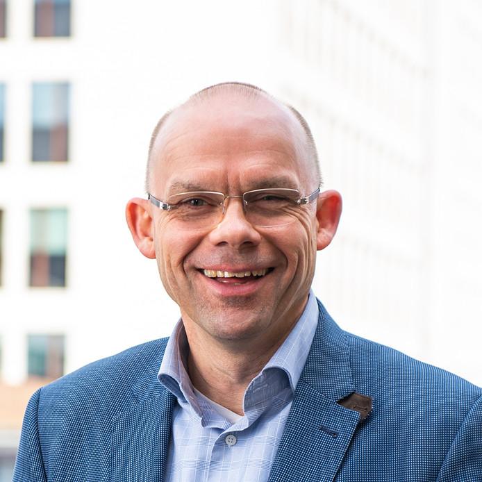 Maarten J. van de Fliert