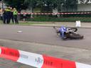 Vrouw zwaargewond bij aanrijding met crossmotor in Den Bosch.