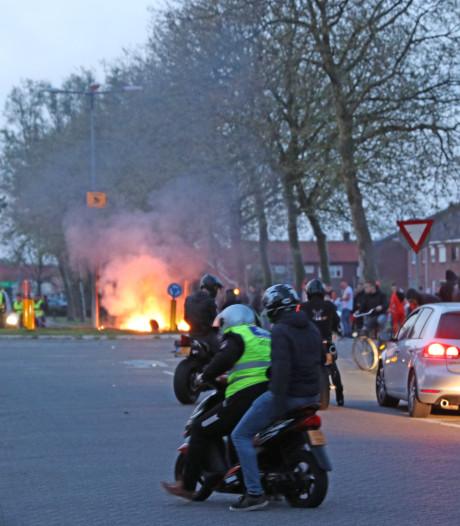 Gemeente Urk waarschuwt jongeren: ga niet brommerrijden op Koningsdag
