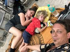 Zanger Herman Brock en gezin terug uit India: 'Het heeft er behoorlijk ingehakt'