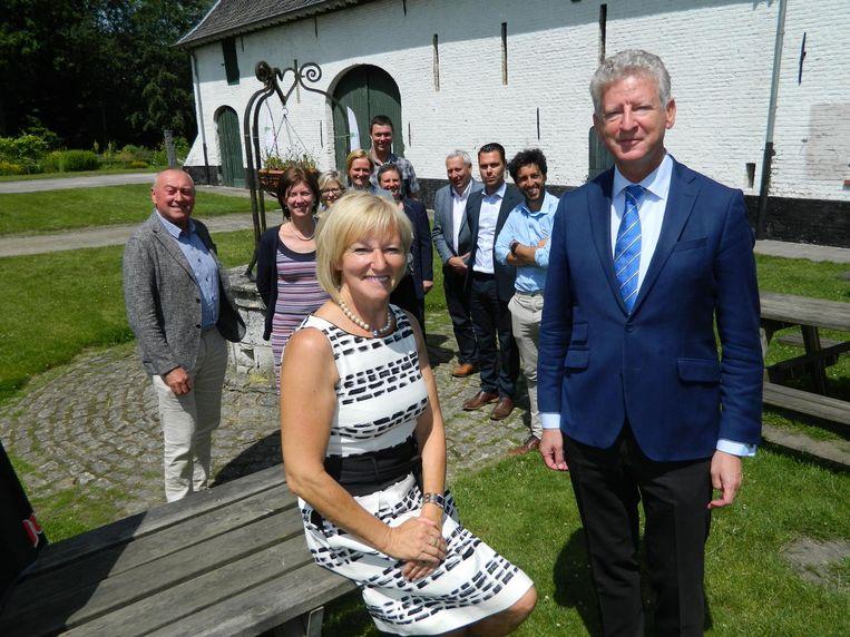 Pieter De Crem en Herlinde Trenson staan bovenaan de lijst samen met Patrick Hoste, die niet op de foto staat.