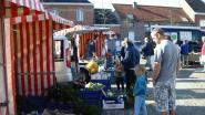 Boerenmarkt op parking gildenhuis
