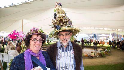 Frivole, kunstzinnige en gekke hoeden op de openingsdag van Fleuramour