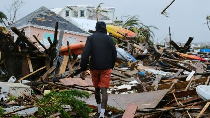 """Minister waarschuwt voor """"ontstellend"""" hoge dodentol na orkaan Dorian, luchtbeelden tonen totale verwoesting Bahama's"""