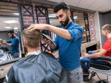 Ferhat Boydas opent barbershop in Oost-Souburg: 'Ik merkte dat het dorp dit nodig had'