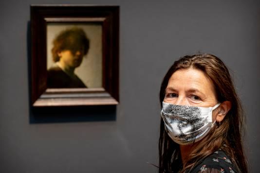 Bezoekers van het Rijksmuseum hebben sinds 30 september de plicht tot het dragen van mondkapjes.