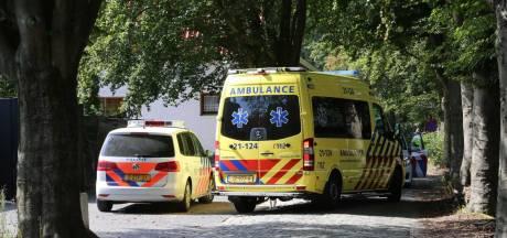 Nikkie de Jager en verloofde werden overvallen door vier mannen, politie onderzoekt camerabeelden