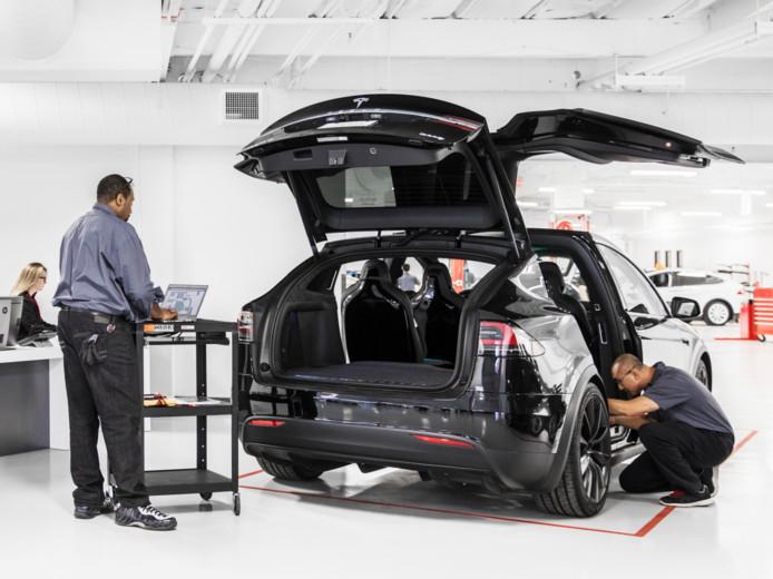 Onderdelen voor elektrische auto's zijn tot tien keer duurder dan bij een auto met verbrandingsmotor, aldus Autotrust.