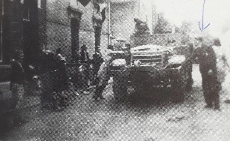 Bér Schroen zag als 14-jarige jongen Amerikanen in pantserwagens Eijsden binnenrijden. Beeld