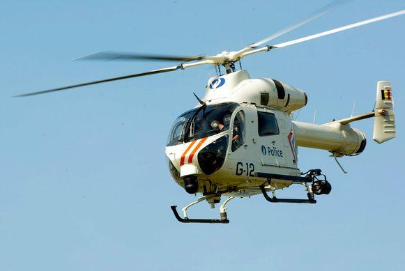 Ondersteunend archiefbeeld: een helikopter van de federale politie.