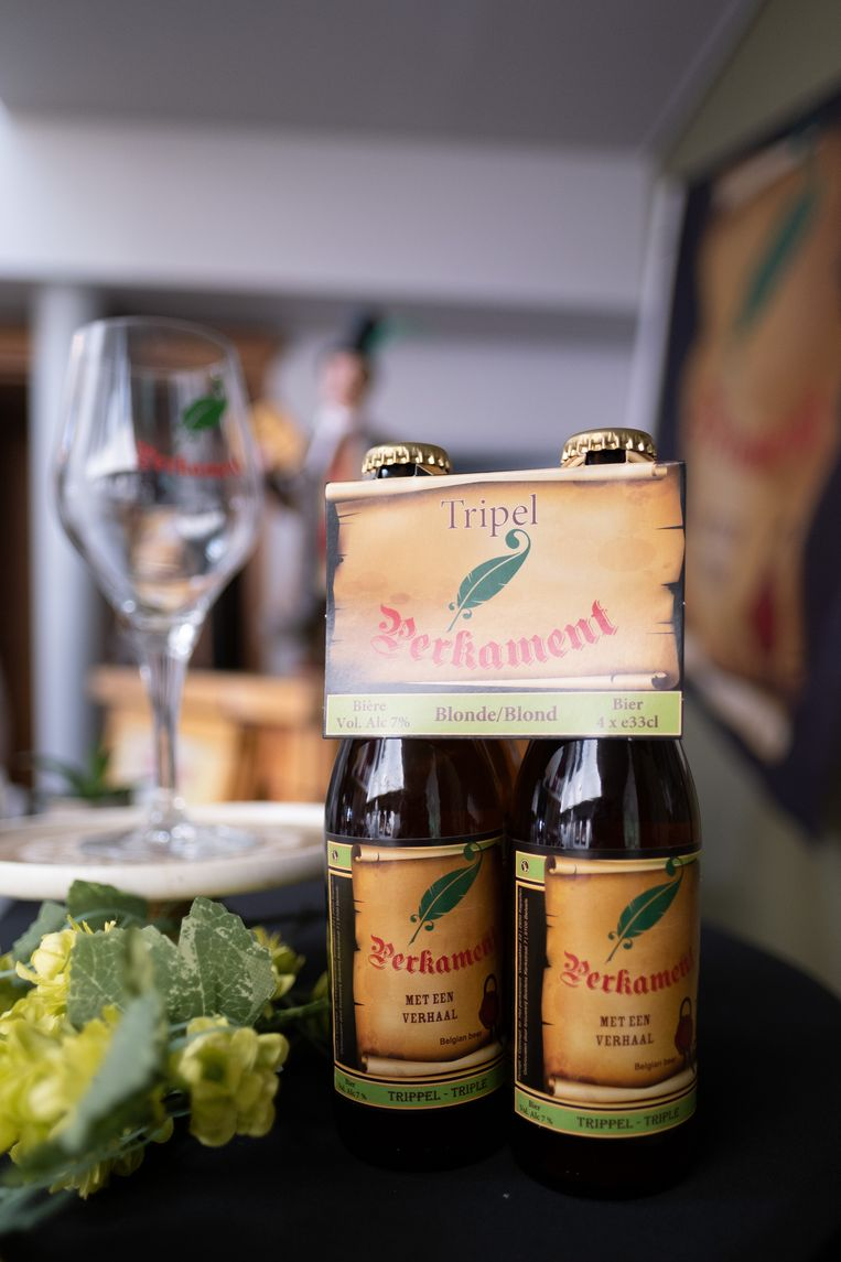 Op de etiketten van de flesjes worden Lierse stadslegendes verteld en is (via een QR-code) ook een schat aan toeristische informatie terug te vinden.