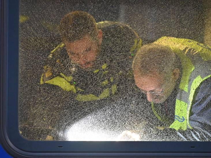 Twee treinen beschoten bij Breda, meerdere ruiten vernield