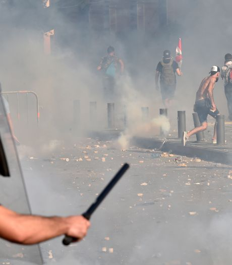 Opnieuw protesten in Beiroet, vuur vlakbij entree parlement