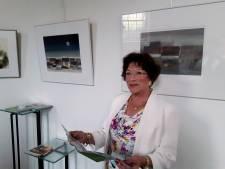 Irène Spronck verbreekt de stilte: na achttien jaar eindelijk weer expositie in Oisterwijk