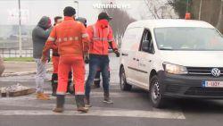 VIDEO. Bestuurder gearresteerd nadat hij pistool bovenhaalt aan stakingspost aan Meulestedebrug