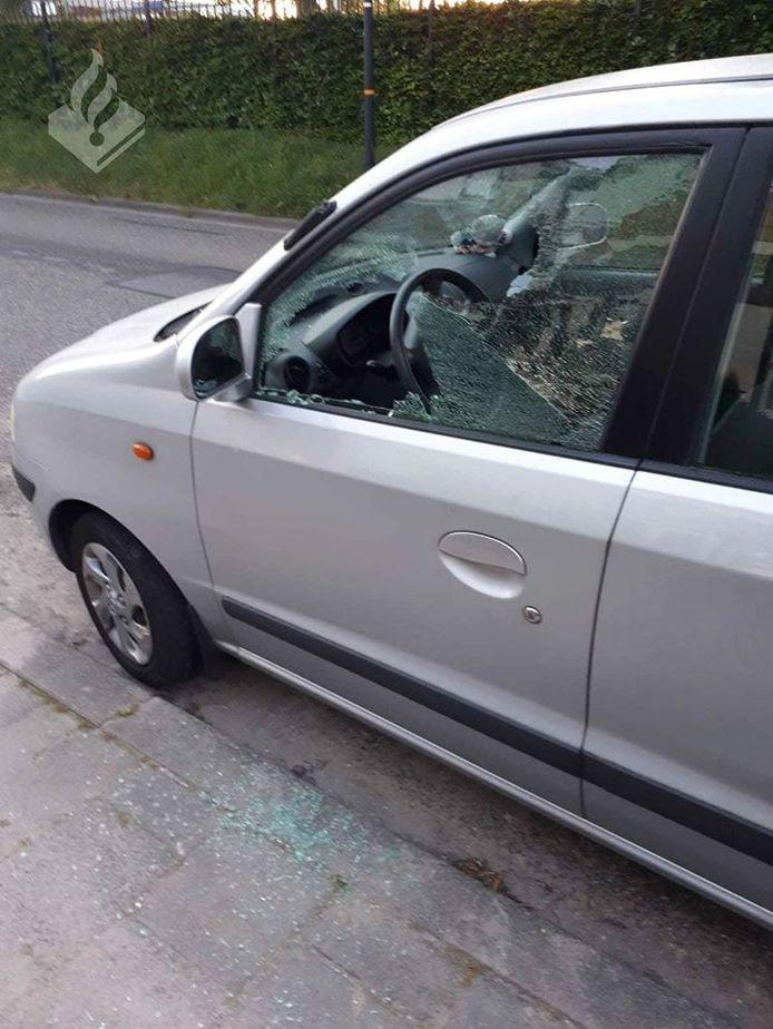 Vernielde auto in Schagen