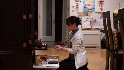 Twee Japanse moeders vertellen over hoe hun zonen zich letterlijk dood werkten