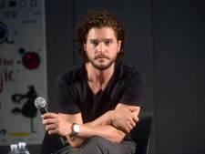 Kit Harington doneert geld aan fans Game of Thrones