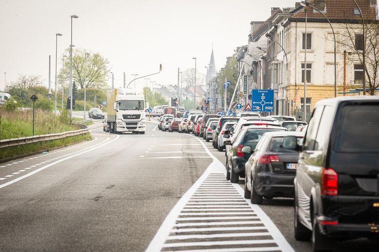 File van aan het Stapelplein tot aan de Dampoort sinds de lancering van het mobiliteitsplan (en dat tijdens de paasvakantie).