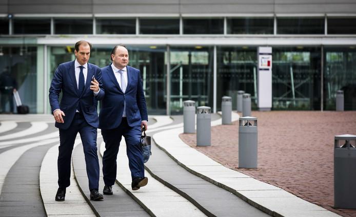 Woordvoerder Jeroen de Vries (links) en fractievoorzitter in de Eerste Kamer Henk Otten van Forum voor Democratie.