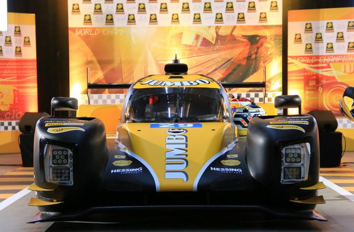 De gele bolide van Racing Team Nederland, waar Giedo van der Garde, Nyck de Vries en Frits van Eerd in racen.