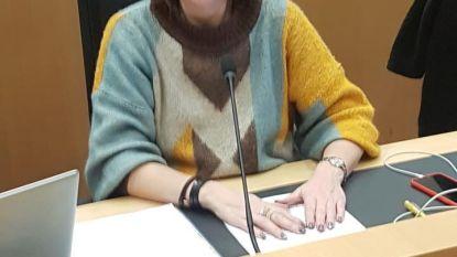 """Ook Izegems Vlaams Belang-Kamerlid Nathalie Dewulf ontving poederbrief: """"Ik laat me niet intimideren"""""""