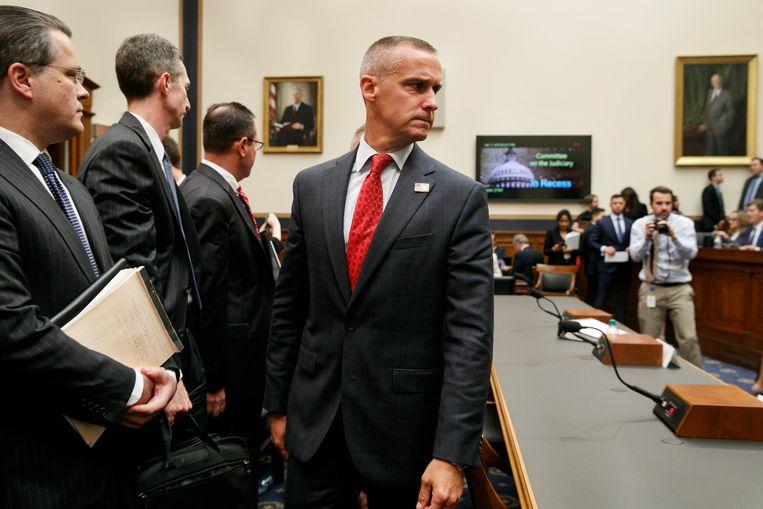 Corey Lewandowski, voormalig manager van Donald Trumps presidentscampagne, tijdens de hoorzitting in de Justitie-commissie van het Huis van Afgevaardigden.  Beeld AP