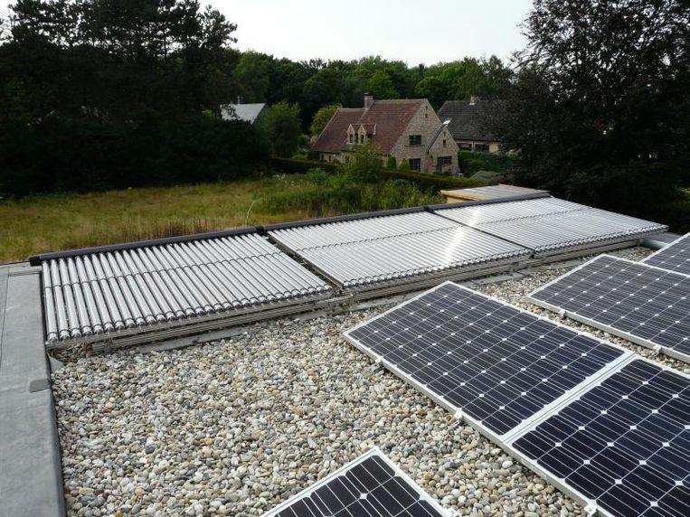 Naast pv-panelen installeerde Patrick ook een zonneboiler met 9 m² aan collectoren op het dak.