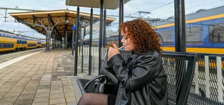 'Rookpolitie' slaat slag op stations, vorig jaar voor 230.000 euro aan boetes