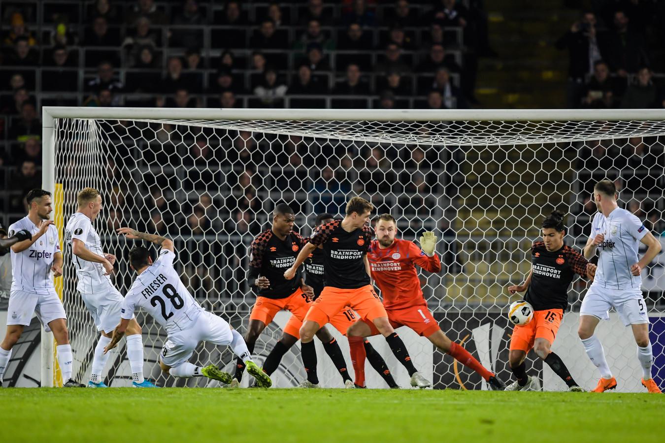 PSV in de problemen in Linz.
