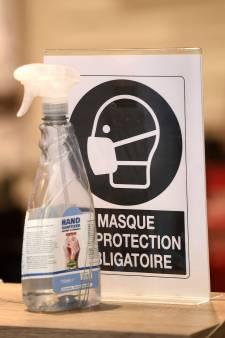 Ça repart à la hausse: près de 100 nouvelles infections par jour en Belgique