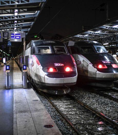 """La France affrète un """"TGV médicalisé"""" pour transporter des malades"""