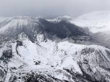 Dode en gewonden na eruptie Japanse vulkaan in populair ski-gebied