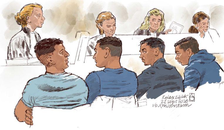 Rechtbanktekening van de vermeende leden van de Rolexbende tijdens een inleidende zitting. Beeld ANP