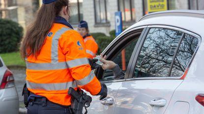 Politie hield afgelopen weekend verschillende controles: zeven rijbewijzen ingetrokken en meer dan honderd auto's geflitst