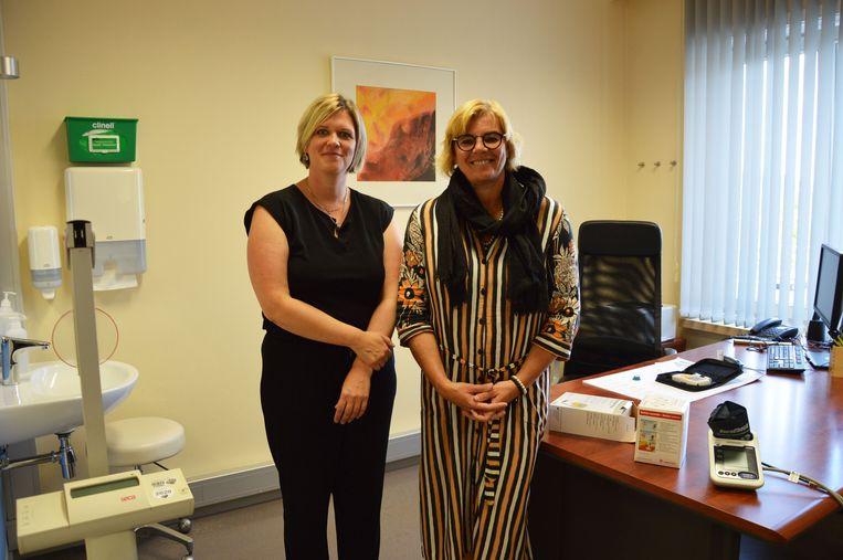 Burgemeester Tania De Jonge met cardiologe Sofie Cuypers.