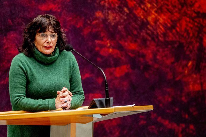 Léonie Sazias (50Plus) tijdens een debat in de Tweede Kamer