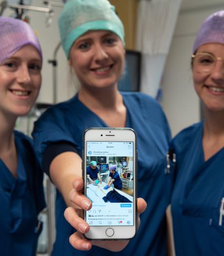 Verpleegkundigen laten op Instagram zien dat ze meer doen dan billen wassen