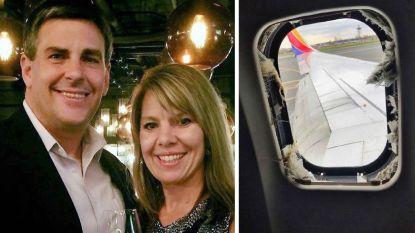 """""""Ergste telefoontje uit mijn leven"""": echtgenoot van vrouw die uit vliegtuig werd gezogen deelt emotioneel relaas"""