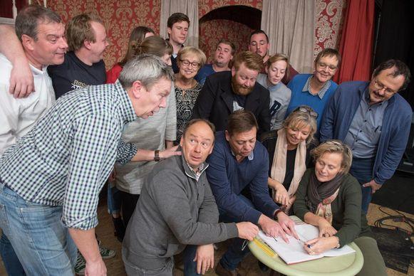 De toneelgroep viert hun twintigste verjaardag met een nieuwe voorstelling.
