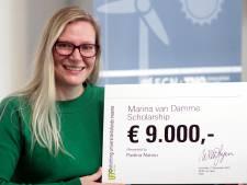 Bevlogen Pavlina Nanou krijgt UT-beurs voor inzet voor betere wereld
