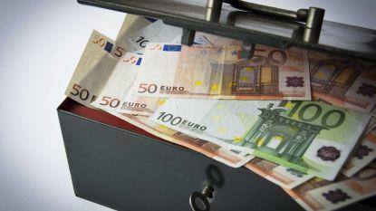"""Weekendwerker (21) steelt 7.000 euro uit kluis van kledingwinkel: """"Gelegenheid maakt de dief"""""""