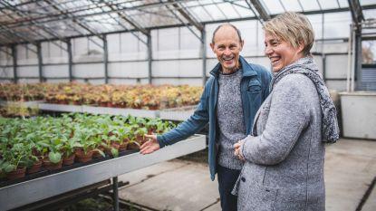 """Minister Joke Schauvliege op bezoek bij zelfpluktuin Rawijs: """"Concept brengt mensen dichter bij de landbouw"""""""