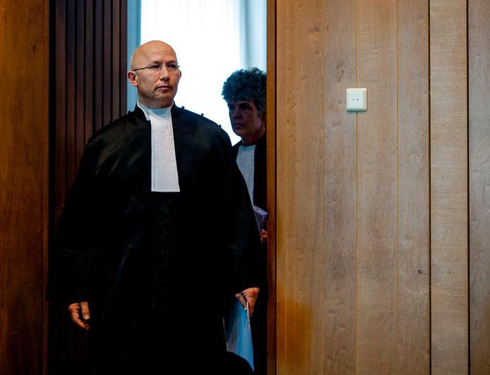Rechter Rinus Otte.
