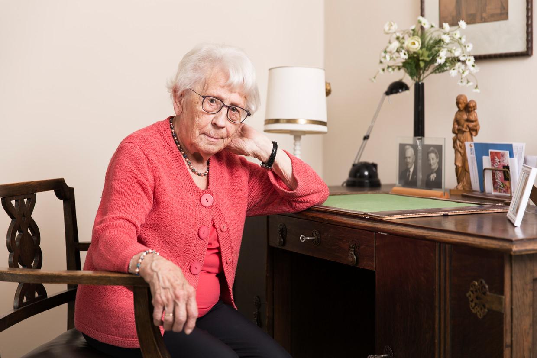 Annie Parren-Cornelissen (97) moest haar man verstoppen in de oorlog.